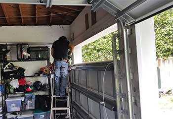 Garage Door Troubleshooting | Garage Door Repair Sugar Land, TX